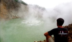 Hiking Boiling Lake in Dominica. Caribbean adventures
