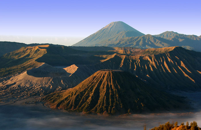 gunung bromo java volcano Pulau weh north sumatra Best things to do in Indonesia