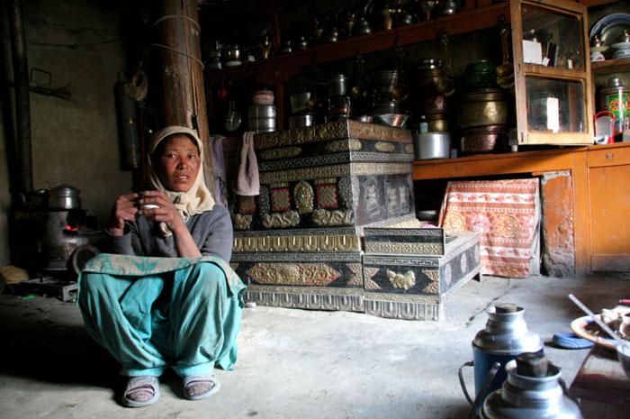 ladakh homestay markha valley trek on a budget