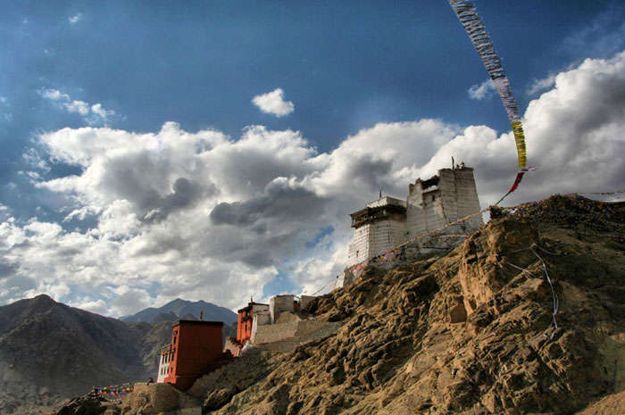 leh palace top places to visit in ladakh