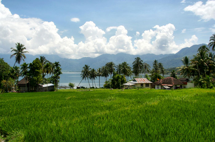 lake maninjau why you should visit Sumatra