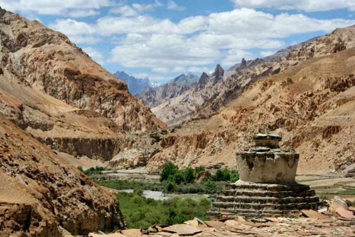 markha valley trekon a budget hike ladakh