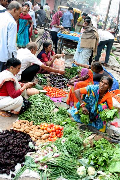 varanasi-mercado. que hacer en varanasi