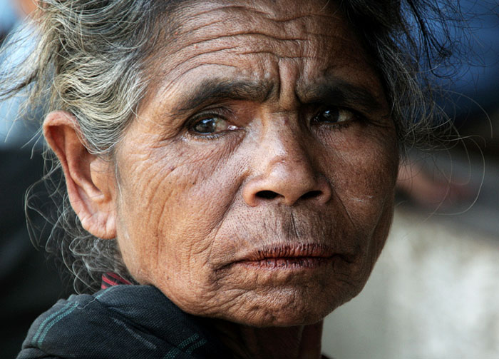 bajawa old woman cool things to do in flores indonesia