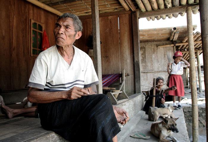 bajawa gente Que hacer en la isla de Flores, Indonesia