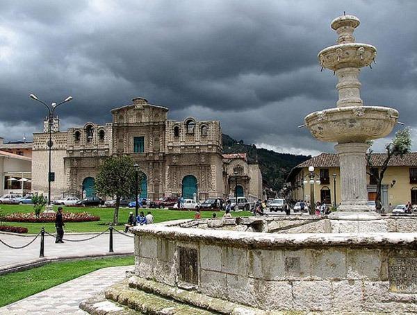 Plaza de Armas in Cajamarca. photo by Jorge Gobbi. flickr