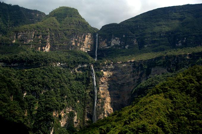 gocta falls backpacking in Peru. travel guide