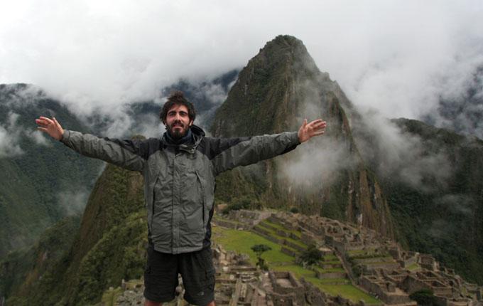 machu picchu backpacking in Peru. travel guide