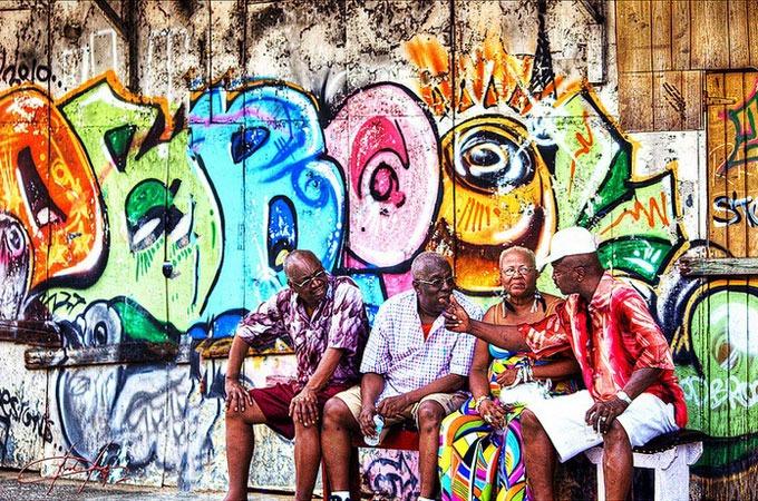 port of spain gente mochilero por trinidad y tobago