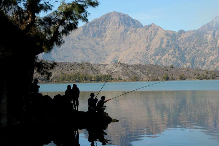 lake fishing mount rinjani trek lombok indonesia