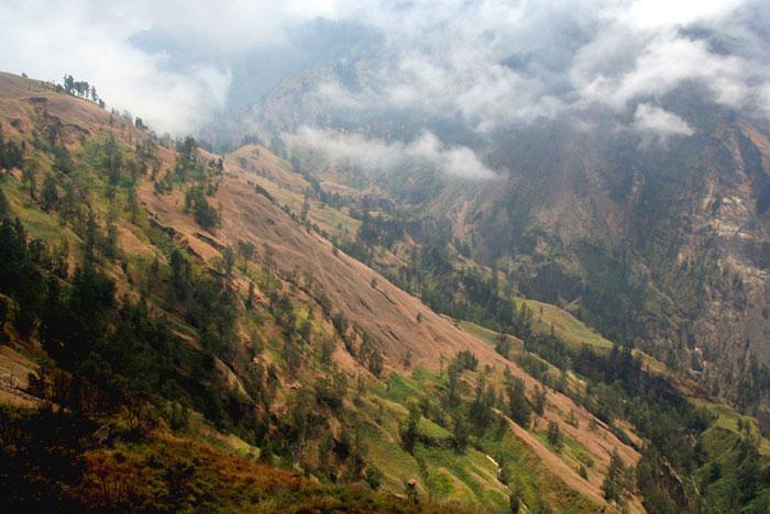 landscape mount rinjani trek lombok indonesia