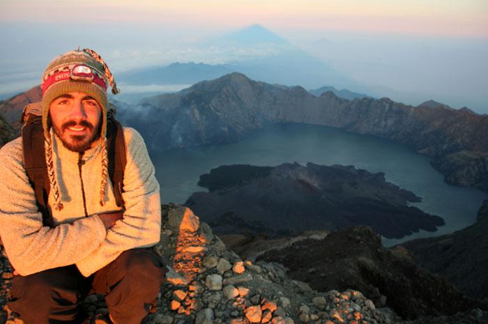 summit top mount rinjani trek lombok indonesia