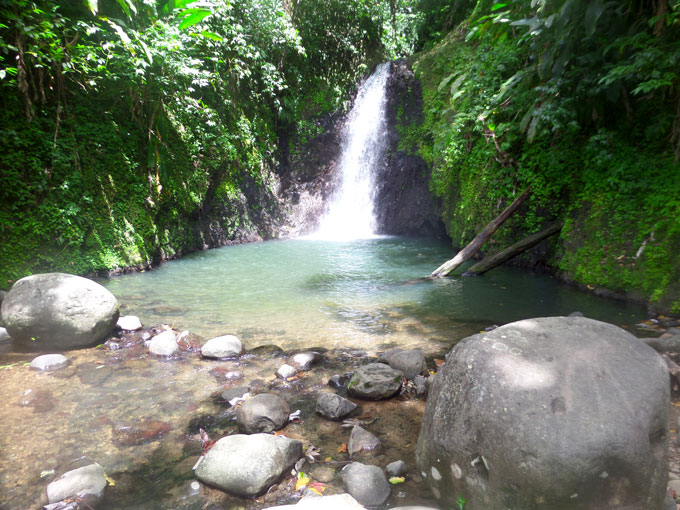 seven sisters falls backpacking in grenada