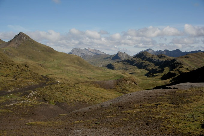 paso carhuac trekking al circuito Huayhuash sin guías