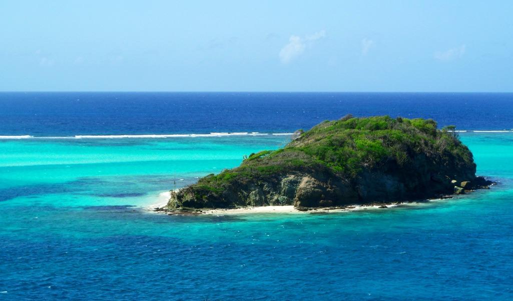 Exploring Tobago cays Marine Park and Union island ...