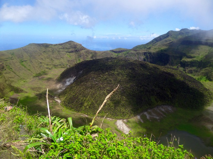 caribbean hiking adventures la soufriere volcano saint vincent crater