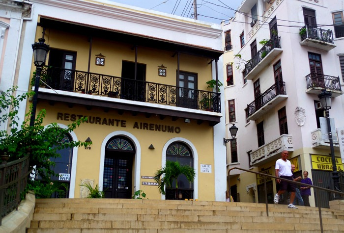 things to do in san juan plaza breu