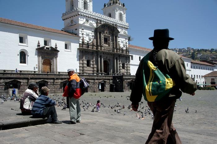 mochilero por ecuador san francisco quito