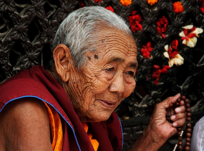boudhanath monja que ver en kathmandu