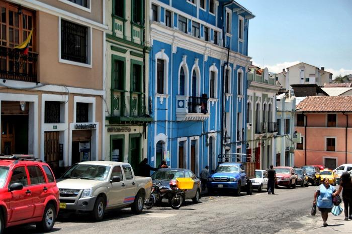 calle colonial cosas que hacer en quito