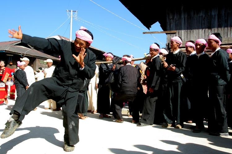 dancing namhsan