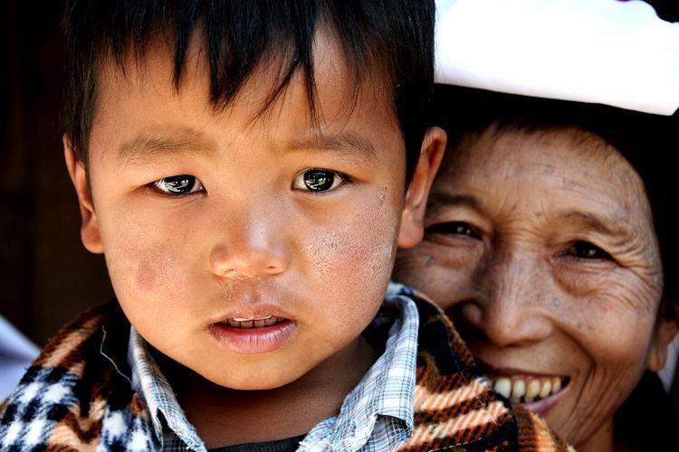 gente namhsan viajar a myanmar
