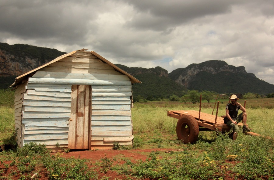 backpacking cuba vinales
