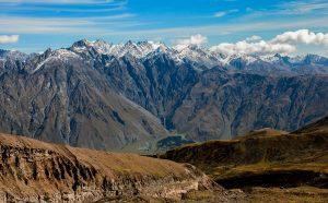 hiking kazbek